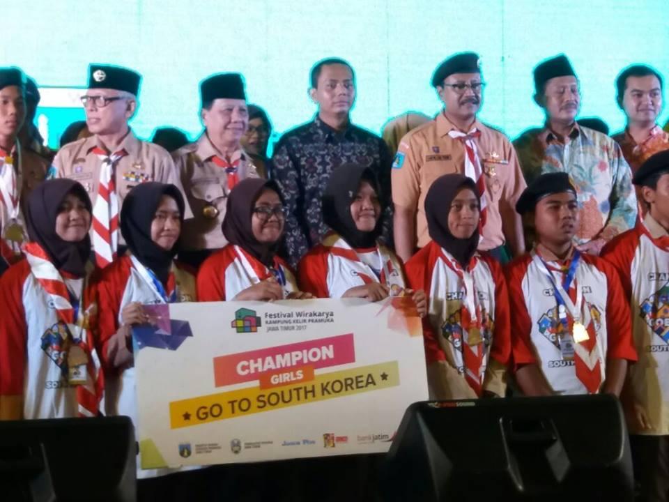 Berhak Berangkat Ke Korea Selatan, Dista Magdalena Siswa SMKN 1 Geger