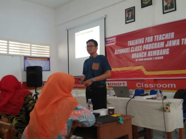 Training For Teacher Alfamart Class Program Jawa Timur Branch Rembang