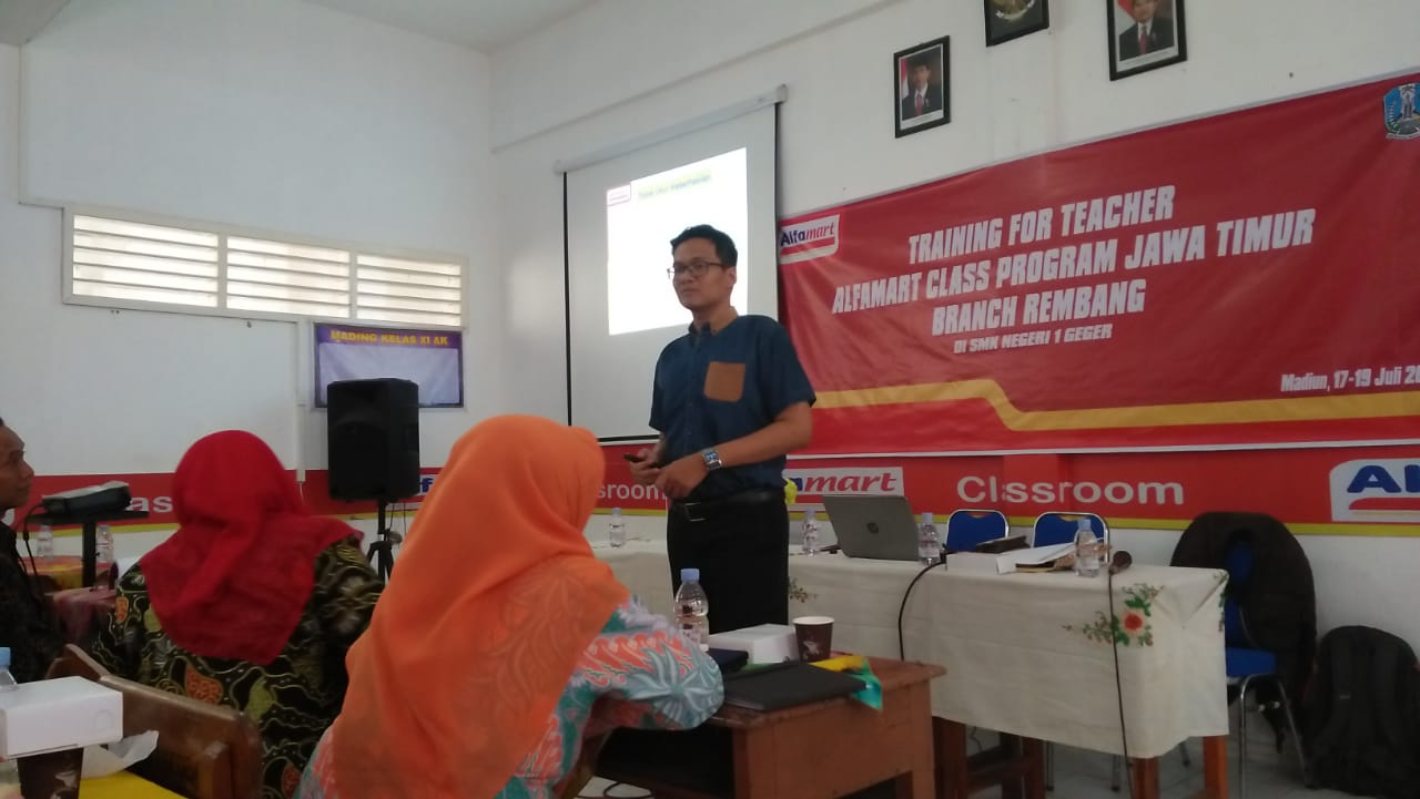 Training For Teacher Alfamart Class Program Jawa Timur Branch Rembang