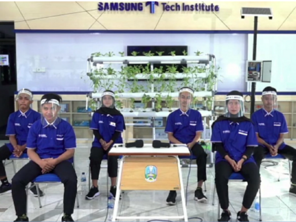 Berkat Smart Hydroponic, SMKN 1 Geger Juara Proyek Samsung Innovation Campus 2020