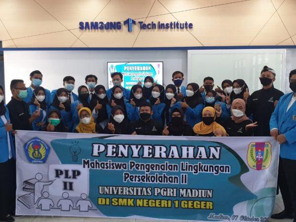 Penyerahan Mahasiswa (PLP-II) UNIPMA di SMKN 1 GEGER